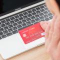 クレジットカード パソコン 女性